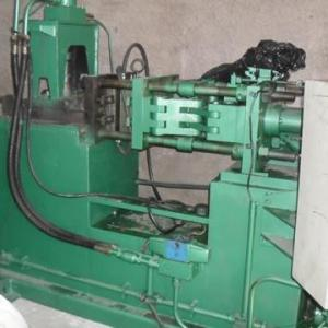 Injetora de Zamac marca Castimatic de 30 ton