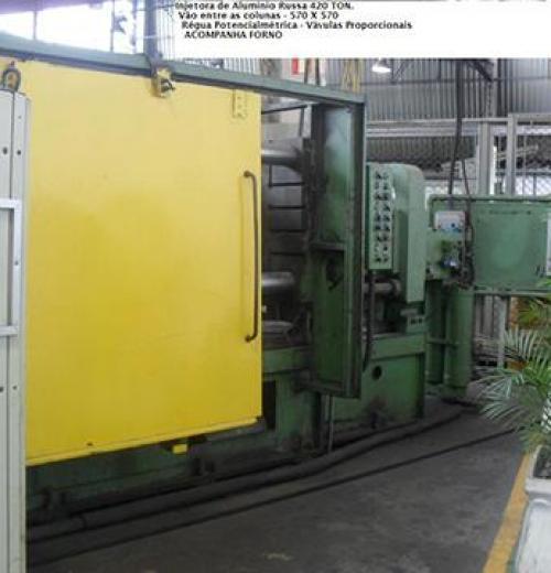 Injetora de Alumínio marca Russa de 420 ton