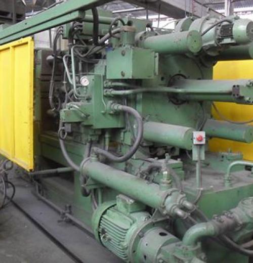 Injetora de Alumínio marca Russa de 280 ton