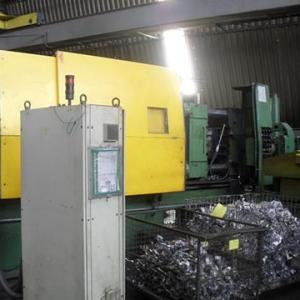 Injetora de Alumínio marca TecnoInjet de 450 ton